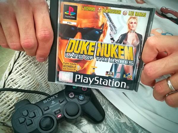 Duke Nukem, un gros bras lourdement armé